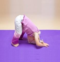 kids_yoga_554x640